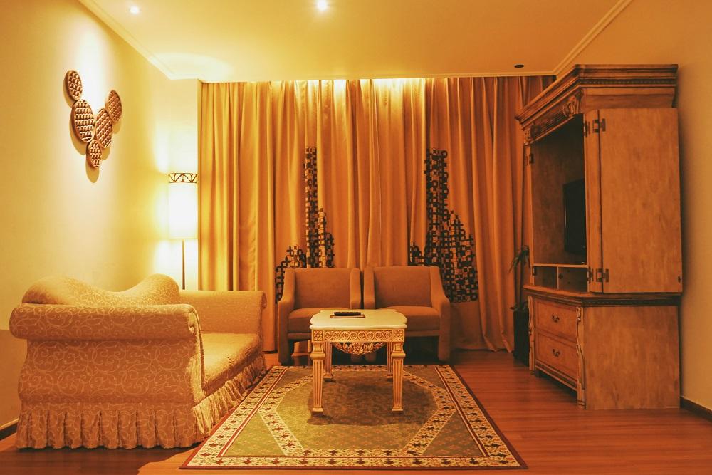 Sofa di Executive Suite