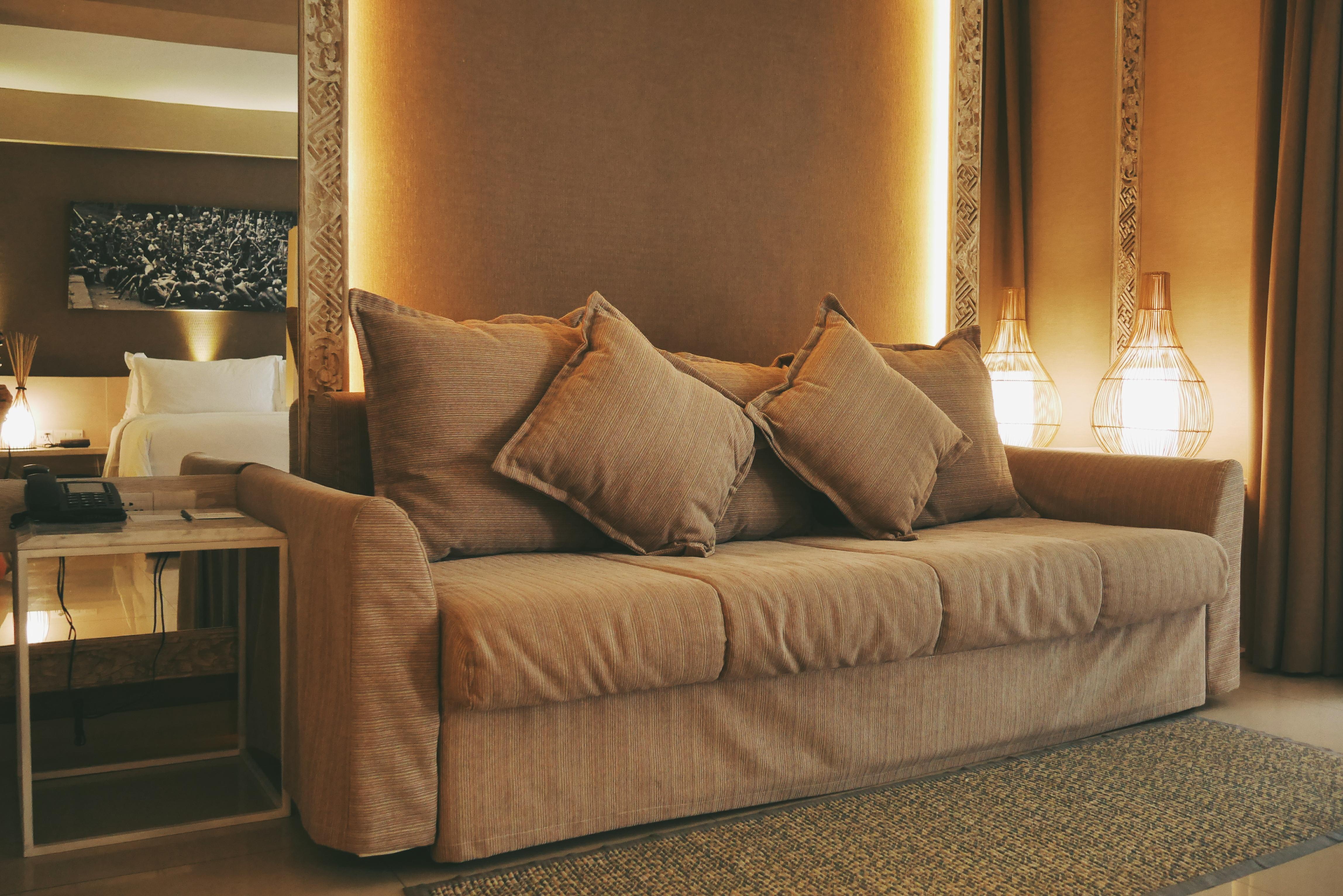 Sofa yang bisa digunakan untuk melihat TV