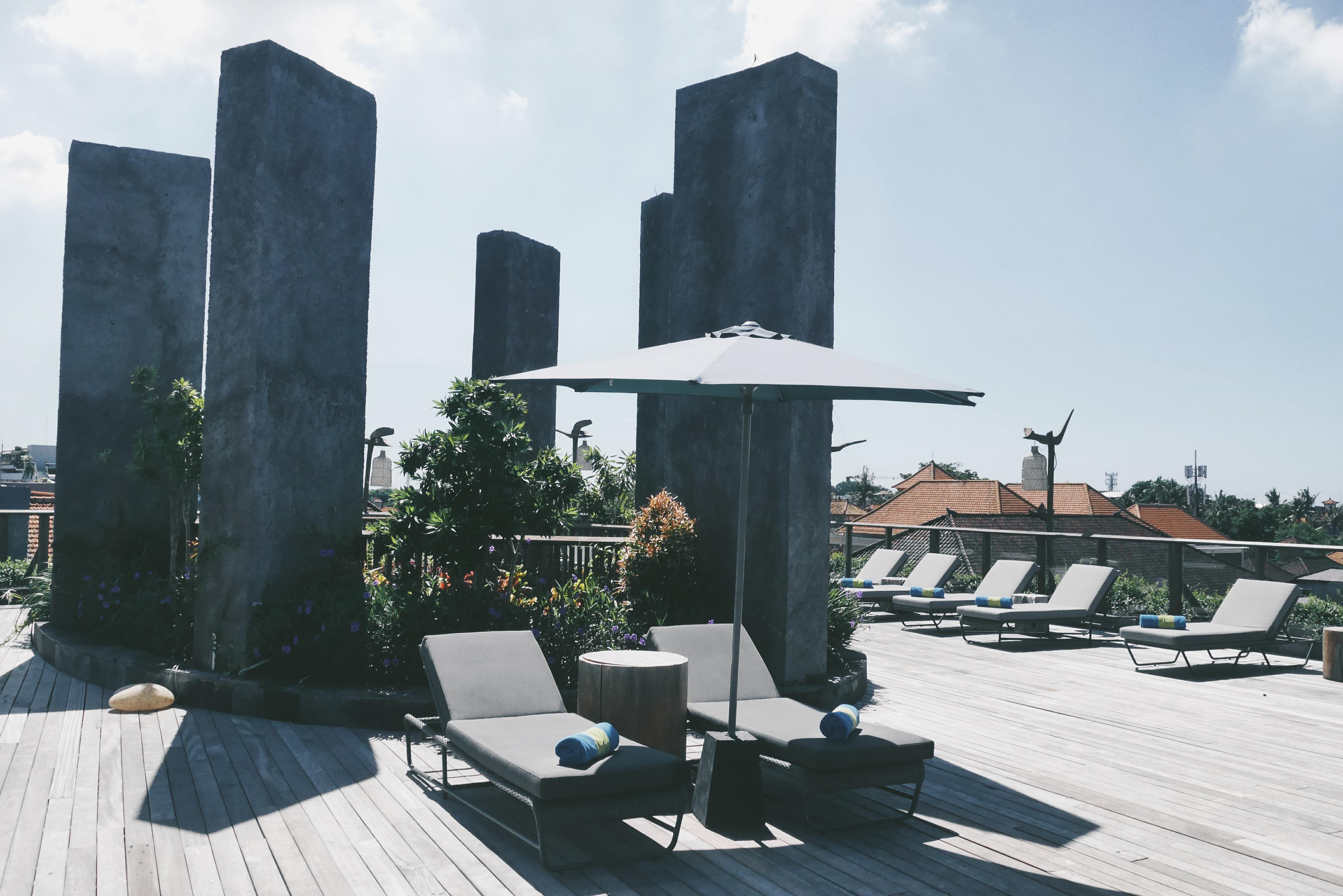 Ruang Terbuka dari Rooftop Pool