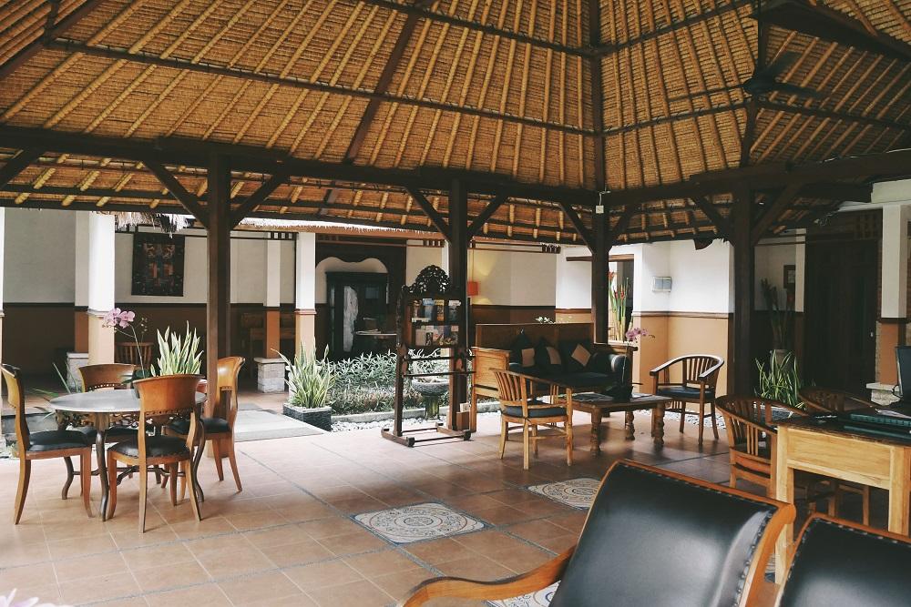 Lobby dengan konsep terbuka