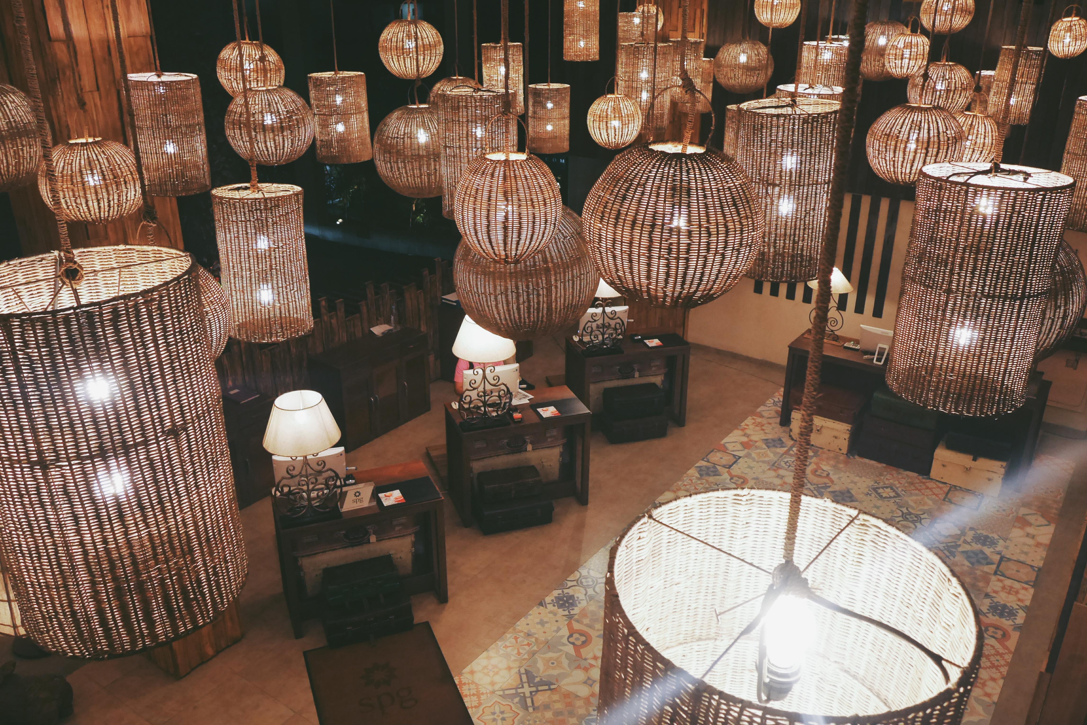 Lobby Hotel di Malam Hari