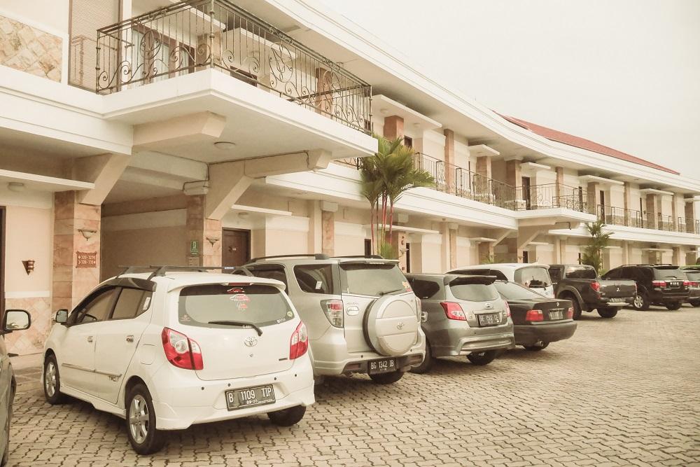 Bukit Randu Hotel & Restorant