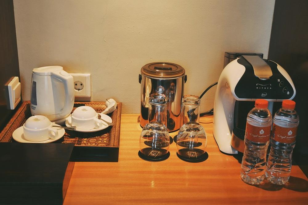 Tea & Coffee Maker