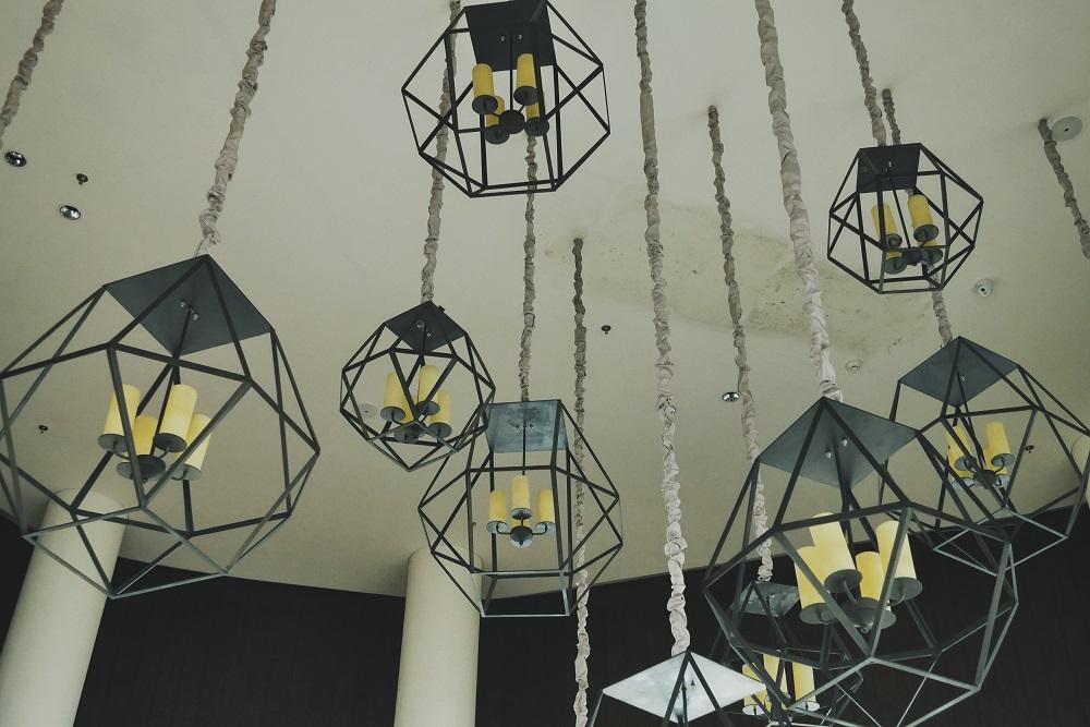 Lampu Lobby