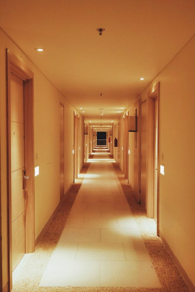 Lorong menuju kamar
