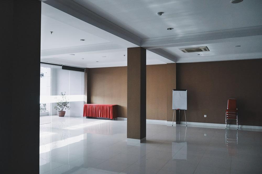 Ruang Meeting Lantai 2 di atas Resto