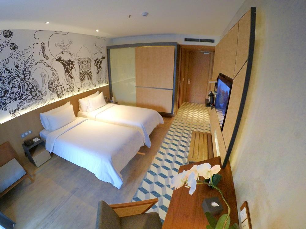 Room Type