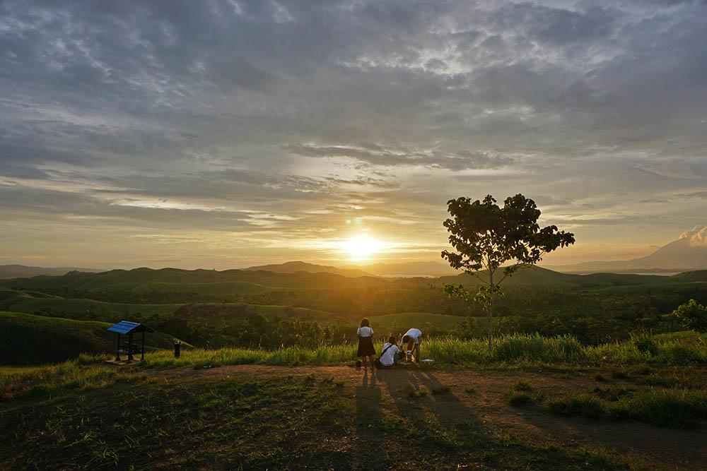 Emfote, Telaga Cinta Di Jayapura